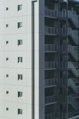 Built Structure Architecture Building Exterior Window Building City Modern No People Glass - Material Day Office Full Frame Outdoors Pattern Office Building Exterior Residential District Business Reflection City Life Repetition Apartment