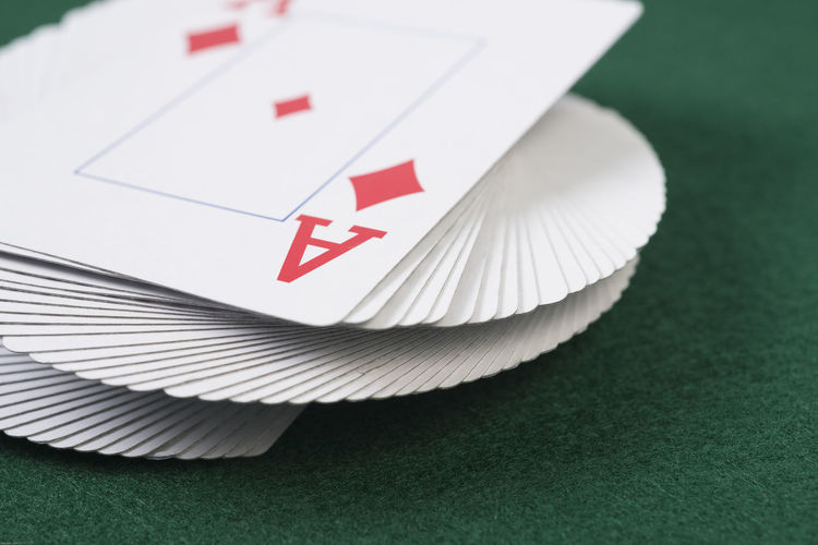 Playing Cards Ace Betting Cad Twist Card Deck Card Tack Cards Close-up Day Deck Gamble Gambling Indoors  No People Table White Color