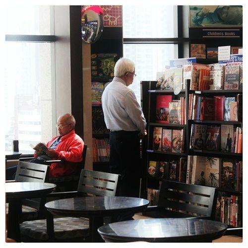"""... the best is between the lines"" Bookwarm Booklover Instareader Life People Monotony"