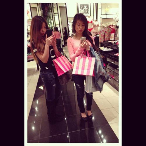 Shopping At Victoria Secret With Kriste