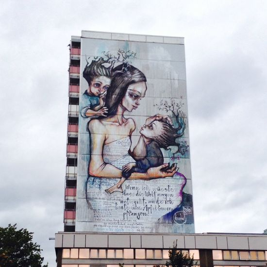 Walking Around Taking Photos Urban Exploration Streetphotography Streetart Mural Making Things Better My Berlin