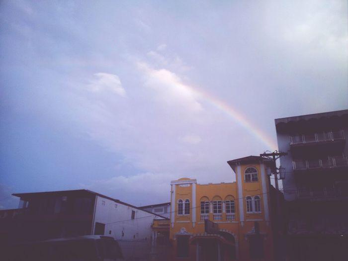 Empezando el día con buenas vibras y lindos colores ♡