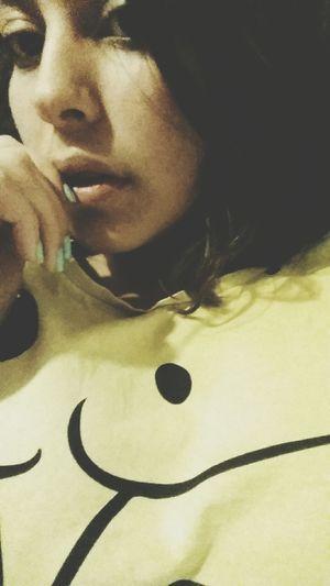 Shorthair Girl Spongebob Yellow Nail Blue