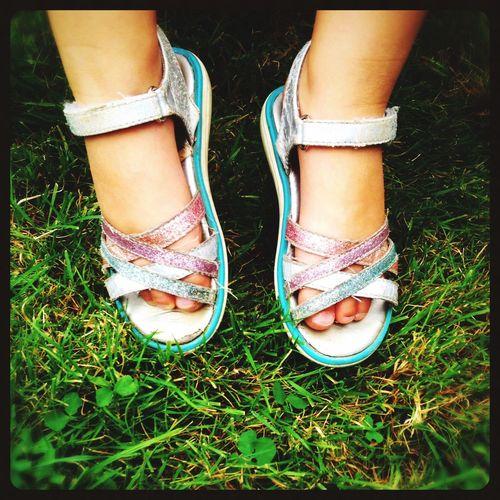 Petits pieds légers Pied Herbe Légèreté Vert