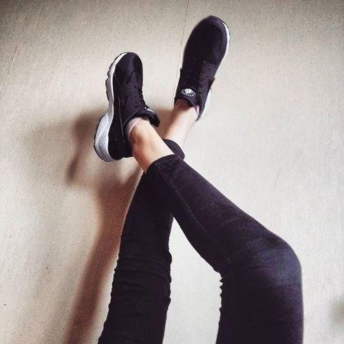 Моя новая любовььь😍😍🙏😻 Nike Huarache Me Fashion New Happy Sneakers кроссовки Найк Kharkiv Like4like Follow4follow