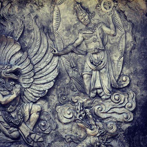 Garud Garuda Wishnu Vishnu relief gwk