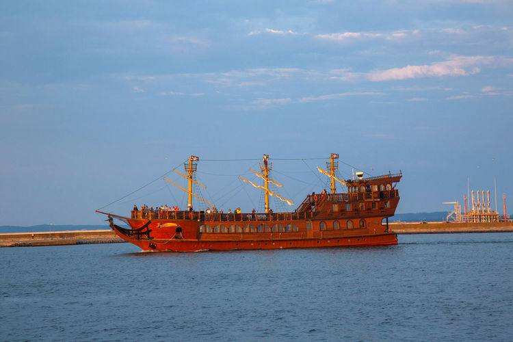 Baltic Sea Architecture Business Cloud - Sky Crane - Construction Machinery Day Fishing Industry Freight Transportation Industry Machinery Mode Of Transportation Nature Nautical Vessel No People Outdoors Sea Ship Sky Transportation Water Waterfront