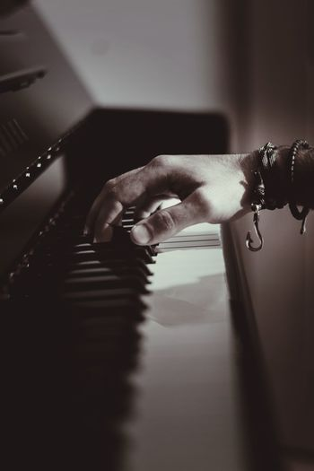 Piano Moments Human Hand Indoors  Close-up One Person Real People PianoSinfony Melodie Hook EyeEmNewHere Love Yourself