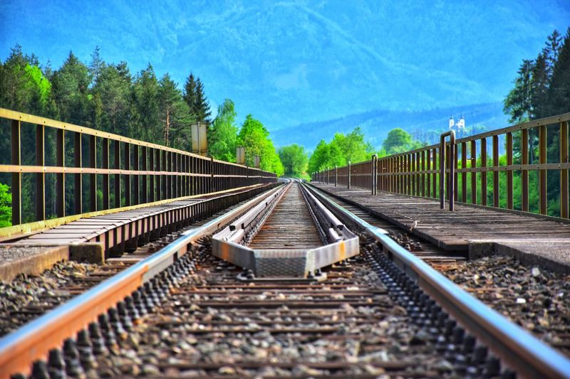 50+ Train Tracks Pictures HD | Download Authentic Images on EyeEm