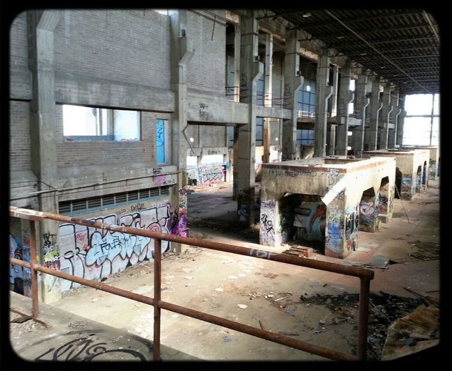 Urbexexploring Abandoned Places Graffiti Where I Shouldnt Be
