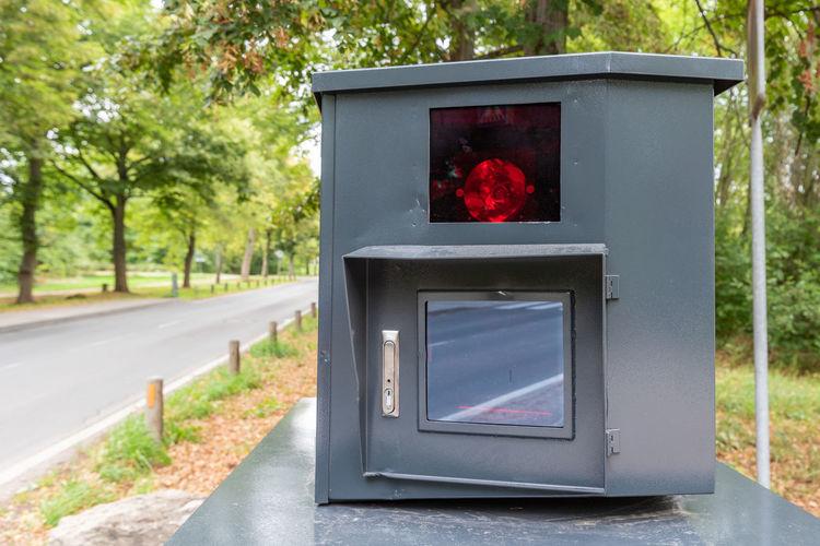 radar control (panzerblitzer) in weimar Radar Control Blitzer Traffic Control Flasher Verkehr Panzerblitzer Speed Control Police Radar Station