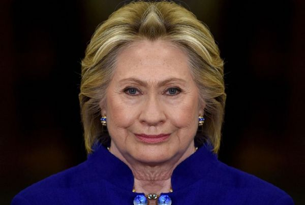 Hillary Clinton Hillaryclinton Hillary ❤ Hillary Mirror Effect Mirror Image Mirror Picture Democrat Election Day Not Instagram Showcase: February