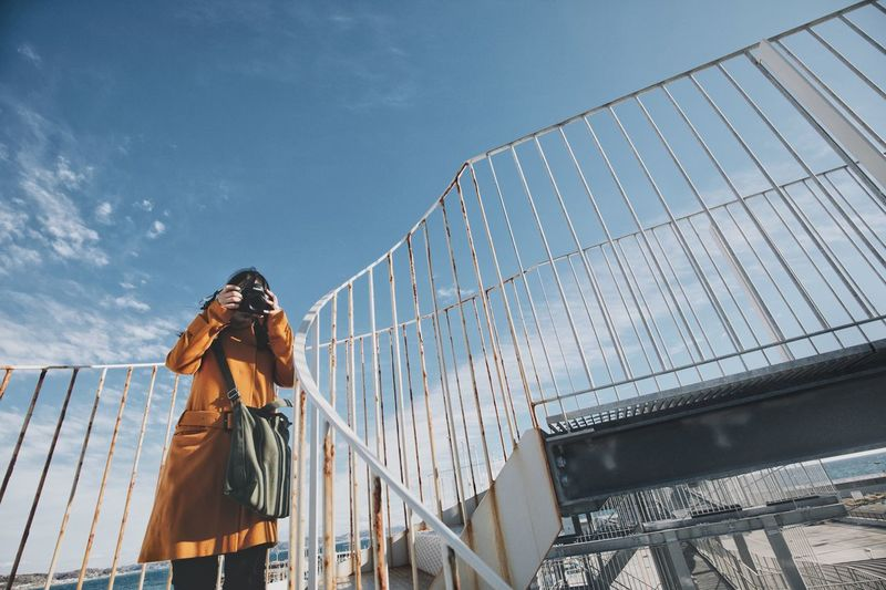 Snap Japan Light And Shadow Streetphotography Vscocam Japanese  Nature Sky Clothing Nature Winter Warm Clothing One Person Leisure Activity