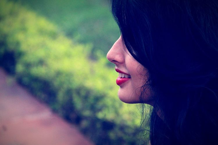 Her smile defined her entire life ♡ Love ♥ Best  Photo Of The Hour Photographer India Photos Around You Photographylovers Photography Photoshoot Girls Red Lips Red Lipstick Redlipstick Redlips💋 Hair Beautiful ♥ Beautiful Girl Emem Lover Emeye 60D Canon Canon Canonphotography Canon60d Canon_photos Canon Camera