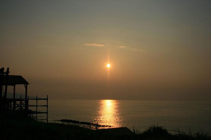 久々の夕陽。久々の海。 Taking Photos マーマレード色の空 Enjoying Life Nature_collection Summer ☀ Sky_collection Sunset_collection Warter Reflections 黄昏隊 楽しみ隊 長野の海💙←と勝手に長野民は呼ぶ😁