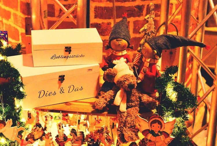 Merry Christmas! Lieblingsstücke Dies & Das Weihnachtsmarkt