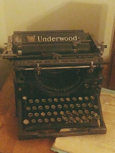 1921 Underwood Typewriter Old-fashioned Retro Styled Typewriter Antique Indoors  Communication Old Text Table Obsolete History Technology No People Close-up Day Moveable Type