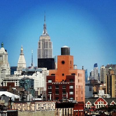 This afternoon in Manhattan, still the same great view from the meeting room terrace. Freqs