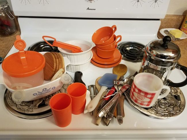 Corningware Frenchpress French Press Firestone Melmac Corning Tupperware EyeEm New Here Orange Retro Old School Kitchenware Kitchen Orange Color No Filter No Edit Still Life Stove Indoors  High Angle View Variation No People Choice Close-up Domestic Kitchen Indoors  Large Group Of Objects The Still Life Photographer - 2018 EyeEm Awards