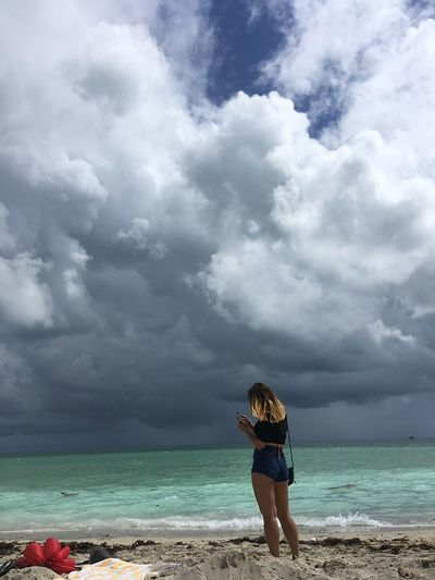 Just relax! Cloud - Sky Sea Sky Horizon Over Water Beach Nature Beauty In Nature Real People One Person Scenics Water Leisure Activity Standing Outdoors Vacations Lifestyles Day Sand Tranquility Young Women