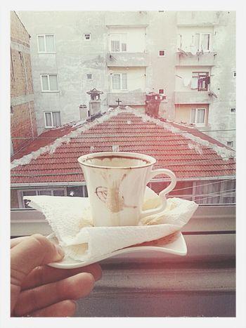sabahın ilk saatlerinden. Morning Coffe