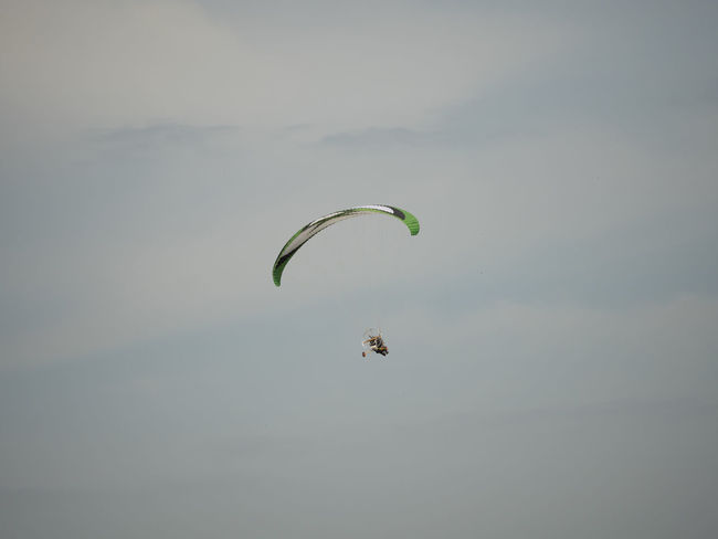 A para motor glider sport Adventure Blackandwhite Bravery Extreme Sports Freedom Fun Glass Leisure Activity Lifestyles Mid-air New Challenge Outdoor Sports Outdoors Paramotoring