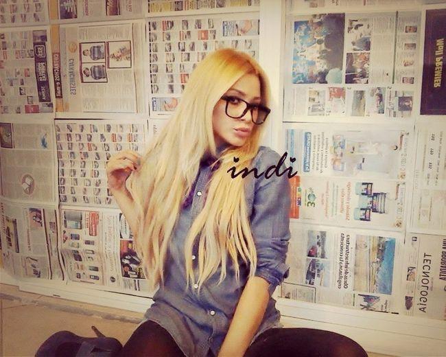 Barbie Blonde Hipster