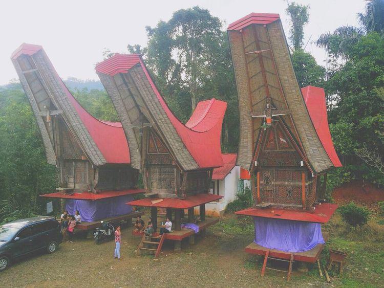 Exploreindonesia Sulawesiselatan TanaToraja Rumahadat