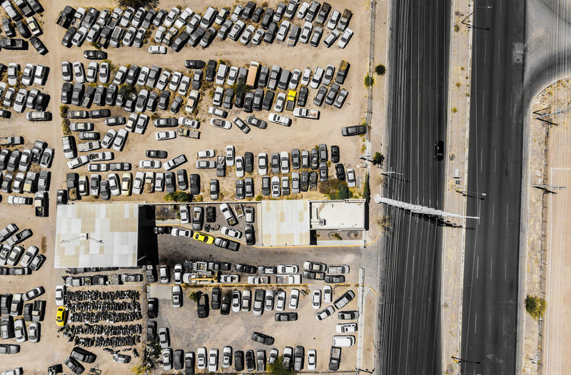 Aerial view of cars in the corralón, municipal corralón, cars stopped, keywords: aerial, aerial, aerial photo, aerial photography, urban, city, city, many, lines, rectangle, rectangles, geometry, several, car, cars, automobiles, automobiles, lanscape, urban landscape, Urban Jungle Aerial Shot Cars City Desert Lines Love Orange Red Aerial Blue Blue Sky Car Carretera Lanscape Outdoors Photograpghy  Rectangle Red Color Sky Streetphotography Yellow