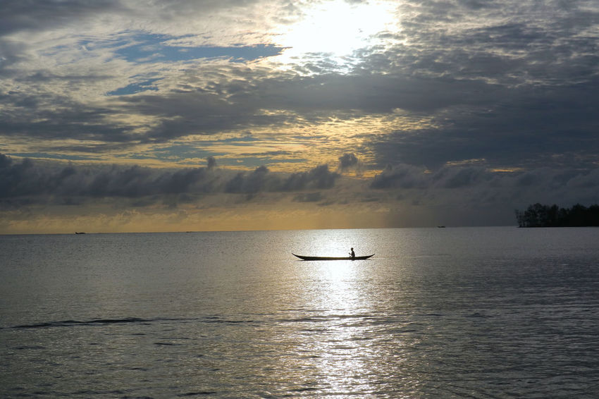 The rhythm of the waves of the sea of siberut ... Manaikoat cottage is where we dove and be happy in the morning and grateful to feel the amazement of the handmade of the Lord of our nation Indonesia, where we can enjoy the beautiful sunrise on the east of the island, the sea view of siberut island, is the charm The beautiful islands mentawai which is a group of western islands of western sumatera province, its beauty is very dangerous, when standing and see the angle of sea view hence this attention very charming beautiful. Photos and text by James a Watulingas. Boat Canon Canon Eos  Canon M3 Canonphotography Fishing Fishing Boat Sea Seascape Sky And Clouds Sunrise Live For The Story Nature The Great Outdoors - 2017 EyeEm Awards The Great Outdoors - 2017 EyeEm Sea Live For The Story Sea And Sky Seascape SeaScapePhotography Sunrise The Great Outd Beauty In Nature SeaScapePhotography The Great Outdoors – 2017 EyeEm Awards  Photo Journalism