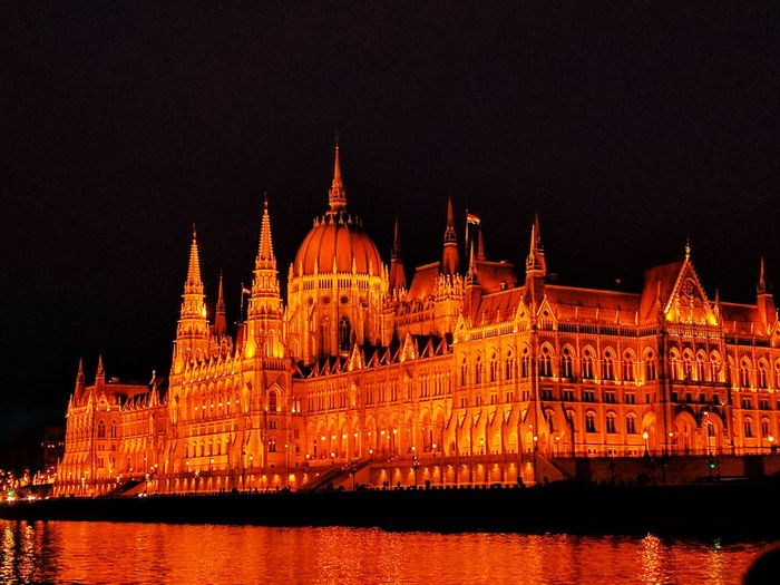 Hungary - Parlament - Winter - Night