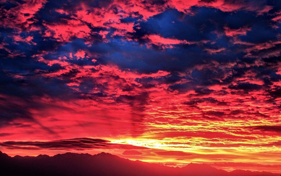 Salt Lake Sunrise, Utah, USA. Sunset Dramatic Sky Nature Red Beauty In Nature Scenics No People Sky Outdoors Cloud - Sky Backgrounds Mountain Multi Colored Awe Beauty Night Power In Nature Space Astronomy