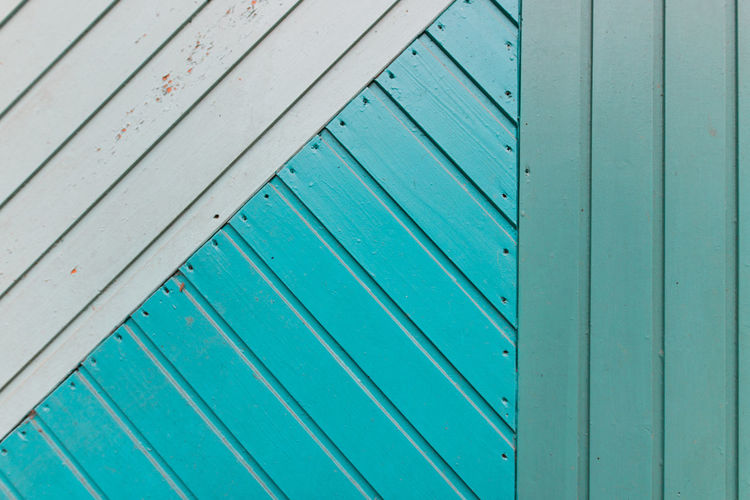 Harmony Matching Colors Wood - Material Pattern Full Frame No People Green Color Backgrounds Textured  Close-up Architecture Plank Built Structure Outdoors Blue Old Turquoise Colored Striped Design Entrance Corrugated White Painted Image Lacquered Lackiert Geometric Shape Wood