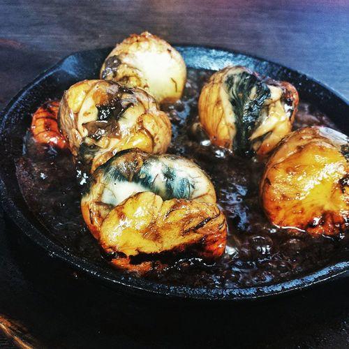 Want a different take on your regular balut (fertilized duck egg)? Try out Balot Ala Procopio (Balut Ala Pobre) - sauteed balut in garlic sauce at @andresrestaurantph 👍 AndresRestaurantPH