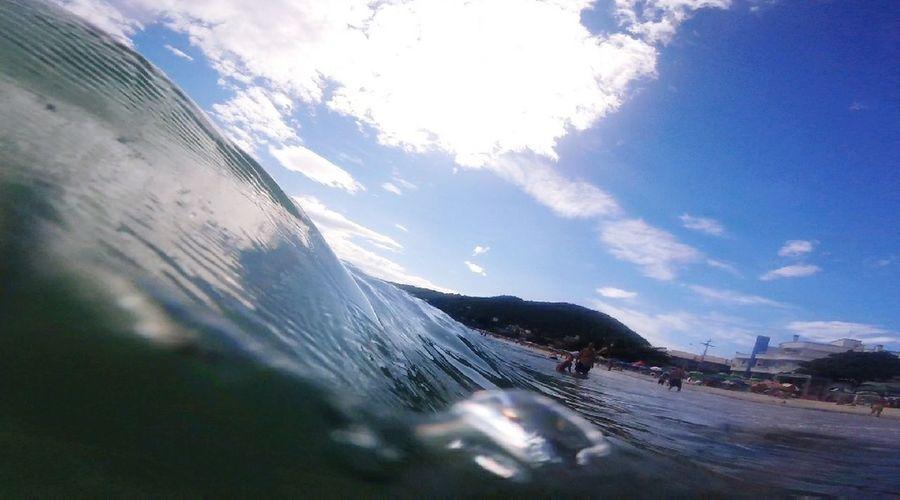 Praia Bombinhas, SC. Out Of The Box