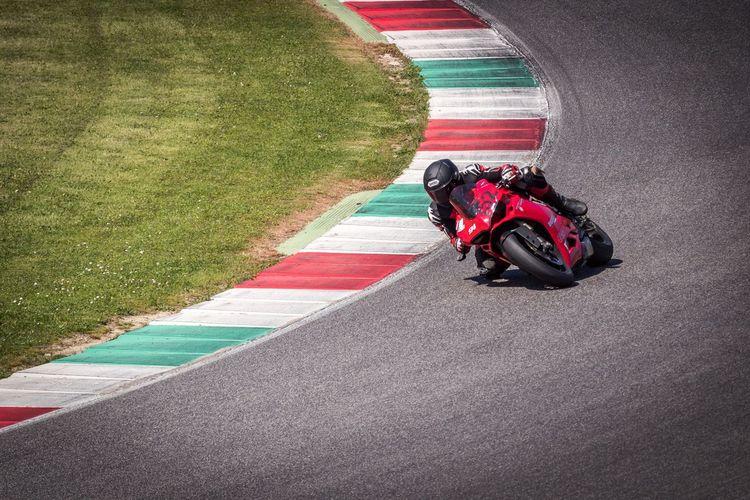 Racetrack Panigale1299 Ducati Mode Of Transportation City Motorcycle Sport Asphalt Riding Sunlight Red