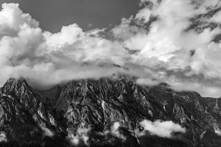 Wilde Wolken, Wild clouds Canon Canonphotography Canon_photos Canon700D Nature Nature_collection Nature Photography SW Monochrome monochrome photography Sky And Clouds Clouds Landscape_photography Landscape Photography EyeEm Best Shots Eye4photography  Tree Mountain Fog Forest Pinaceae Cold Temperature Pine Tree Mountain Peak Sky Landscape
