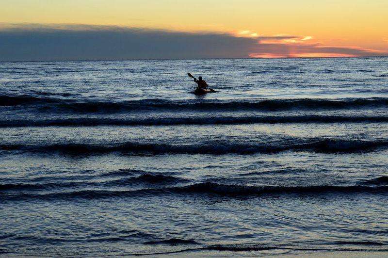Sea Sunset Silhouette Water Horizon Over Water Beach Nature