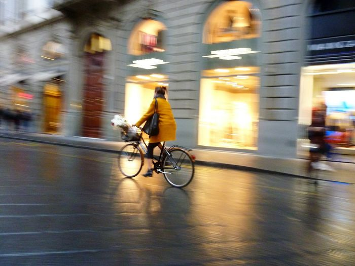 Stylish cycling on rainy day in Florence - seen during sightseeing CyclingUnites Transportation mode o CyclingUnites Transportation Mode Of Transport Blurred Lights Cycling Blurred Motion Florenz/Firenze Motion Bicycle City Lifestyles Illuminated Speed City Street EyeEm Gallery Reflection Eyem Gallery Golden Moment City Lights Evening Mood Rainy Day Womanfashion Fashion The City Light Your Ticket To Europe Investing In Quality Of Life Be. Ready. Love Yourself Colour Your Horizn Stories From The City Urban Fashion Jungle HUAWEI Photo Award: After Dark
