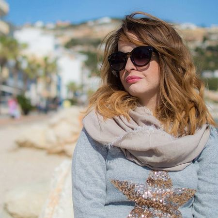 Love Sweater Star Sparkle Javea SPAIN Outfit Valstyle