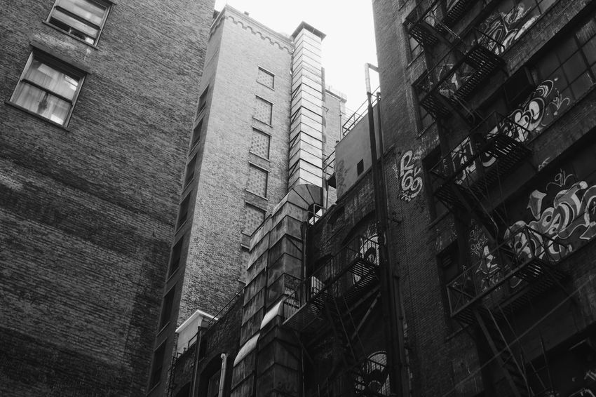 Downtown District Black And White Bw Architecture Building Exterior Built Structure Low Angle View Day Outdoors No People City EyeEmNewHere