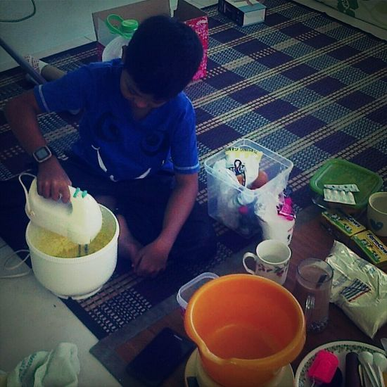 master chef junior. tok teh boy birthday cake in the making. thanks adi. Greatbaker Chef Birthday Cake