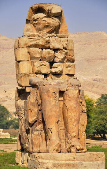 colosos de memon Antigua Guatemala Arquiteztura Colosos De Memon Colosso Memnon Day Egiptp No People Outdoors Sky