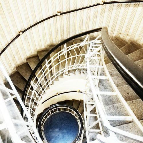 Do hlubiny Schody Schodiste Hloubka Zabradli Modra Blue Stairs Stairway Deep