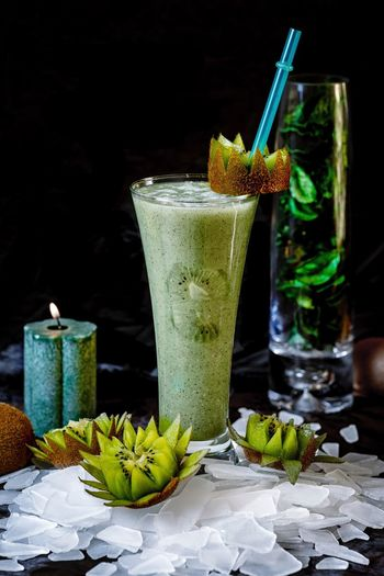 Dark mood food Photography Food And Drink Glass Drinking Glass Refreshment Household Equipment Drink Drinking Straw Healthy Eating Green Color Mint Leaf - Culinary Cocktail Food Fruit Freshness Straw No People Indoors  Herb Ready-to-eat Leaf