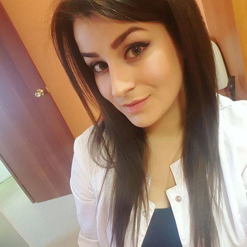 Women Portrait Lifestyles Only Women One Person Doctor  Stomatology Dentalclinic Dentist
