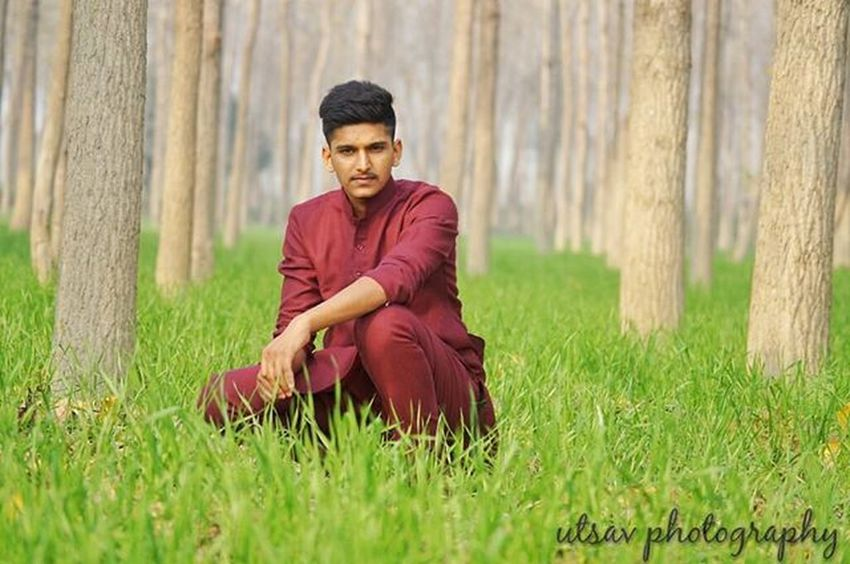 A little bit Photography with friend... . . Captured_By_Me Photography Photographyislifee Nature Trees Grass Green Colors Portrait Friends Home Happy Besties Bestfriend DSLR Sony Sonyimages Alpha58 A58