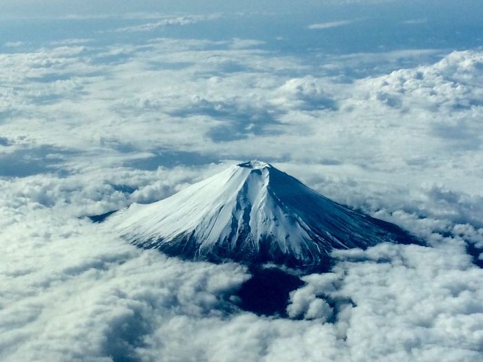 Fly over the Fuji mountain. Great iPhone5s's camera!! Iphone5s Fuji Mountain Japan Flying