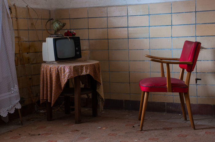 Chair Chair Clock Day Germany Indoors  Living Living Room No People Old Old Chair Tv Tv_urbex Urbex