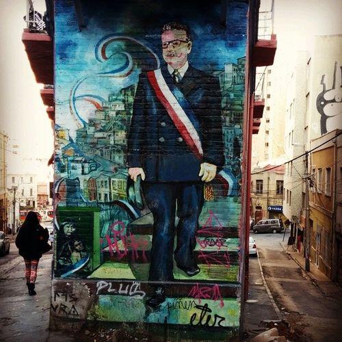 Mural Allende SubidaAlmiranteMontt CerroAlegre Valparaíso